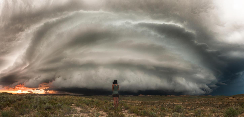 لماذا حلم إعصار أو إعصار تفسير الأحلام إعصار إعصار إعصار كارثة طبيعية في المنام