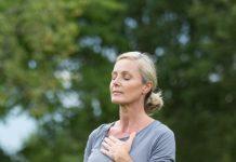 A légzési gyakorlatok segítenek megbirkózni a betegséggel.
