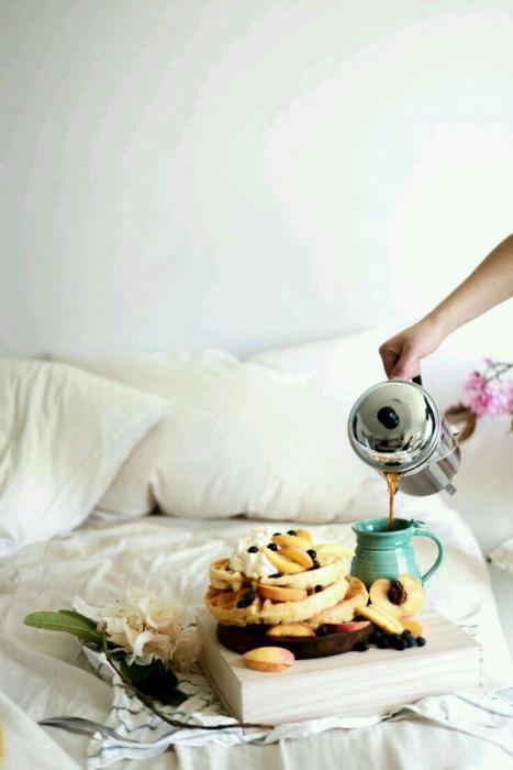 Chutná snídaně v posteli.