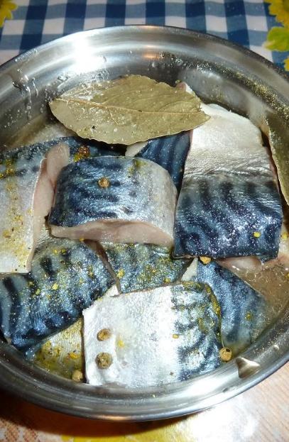 Kā konservēt zivis krāsnī