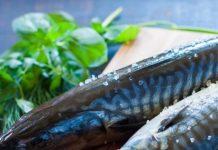Cách muối cá thu nguyên con mà không cần nước muối