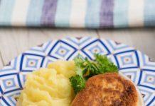 vistas gaļas kotletes ar sieru un zaļumiem