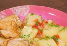 daudzvārīta vistas gaļa ar kartupeļiem un saldajiem pipariem