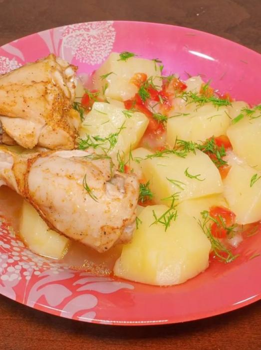poulet multicuit avec pommes de terre et poivrons
