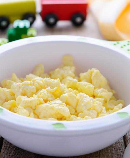 omelette cuite à la vapeur dans une mijoteuse