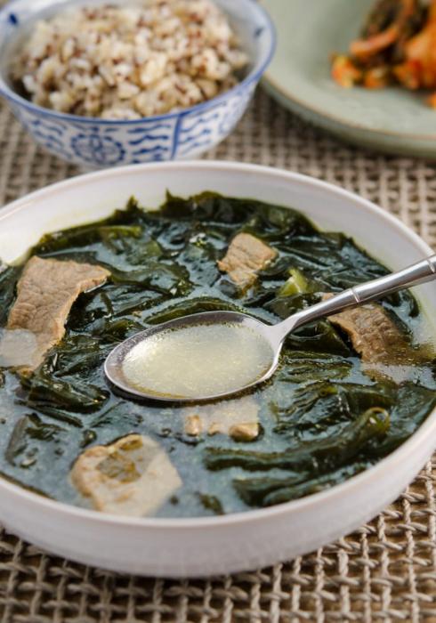 korejska juha od morskih algi