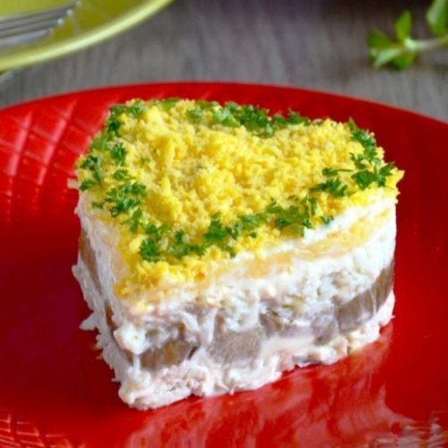 vistas krūtiņas salāti ar sēnēm un sieru